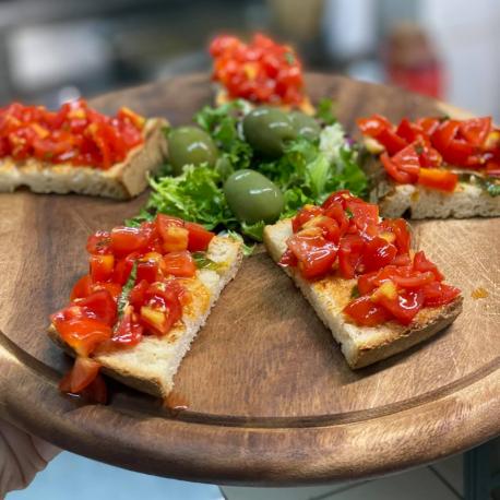 Bruschetta con Pomodori...