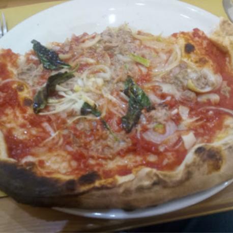 Pizza Tonno e Cipolla -...
